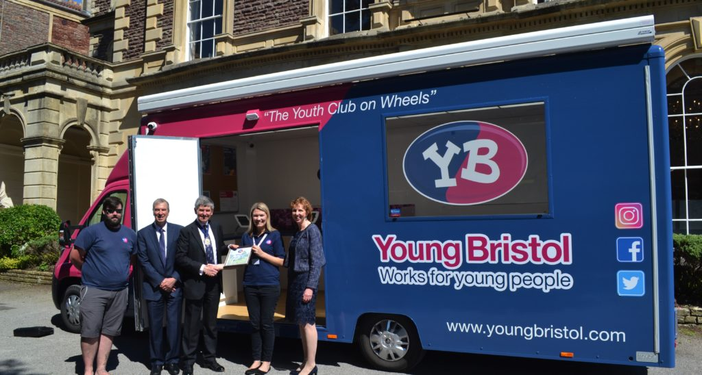 Presenting Society of Merchant Venturers Youth Club on Wheels Appeal Certificate